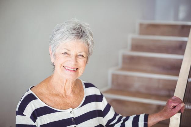monte escalier pour senior